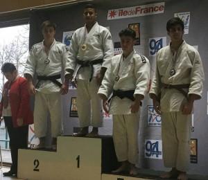 juniors_podium_Adrien