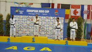 seniors_podium_2_samuel_nzingo
