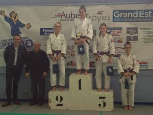 cadest_podiums2